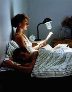 Ampoule anti moustiques 2 en 1
