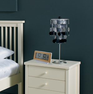 Alarm clock RC with automatic lighting