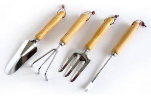 Chariot de jardin + 4 outils