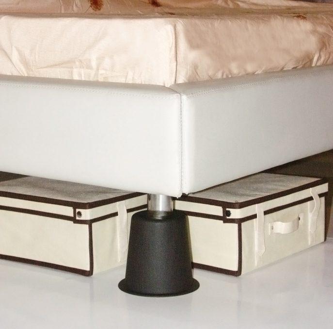 lot 4 pieds l vateurs de lit aic international. Black Bedroom Furniture Sets. Home Design Ideas