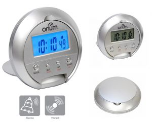 Digital traval alarm clock with vibrator - AIC International